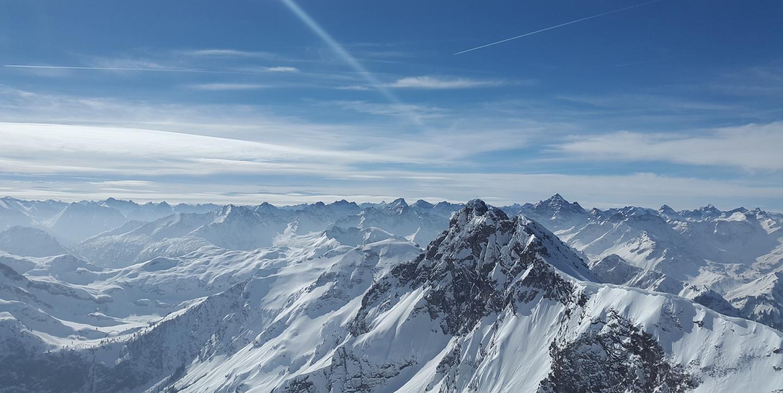 Alpenpanorama im Winter
